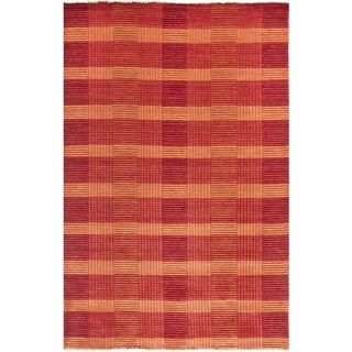 Safavieh Hand-knotted Tibetan Red Wool Area Rug (9' x 12')