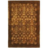 Safavieh Hand-made Taj Mahal Olive Wool Rug - 6' x 9'