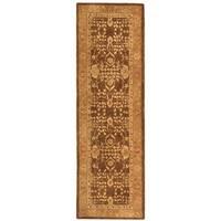 Safavieh Hand-made Taj Mahal Ivory/ Green Wool Rug - 2'6 x 8'