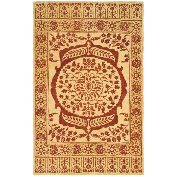 Safavieh Hand-made Taj Mahal Light Gold/ Red Wool Rug - 8' x 10'