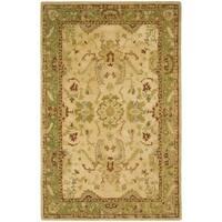 Safavieh Handmade Taj Mahal Taupe/ Moss Wool Rug - 5'6 x 8'6