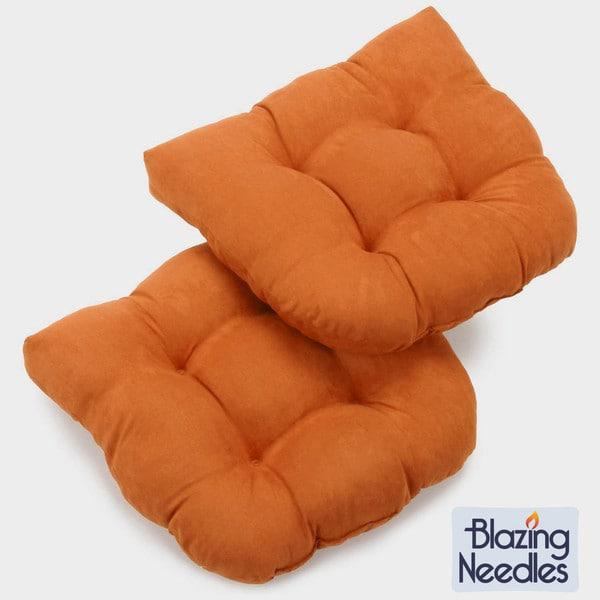 Blazing Needles 19x19-inch U-shaped Tufted Microsuede Chair Cushions (Set of 2)