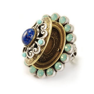 Sweet Romance Renaissance Poison Locket Ring