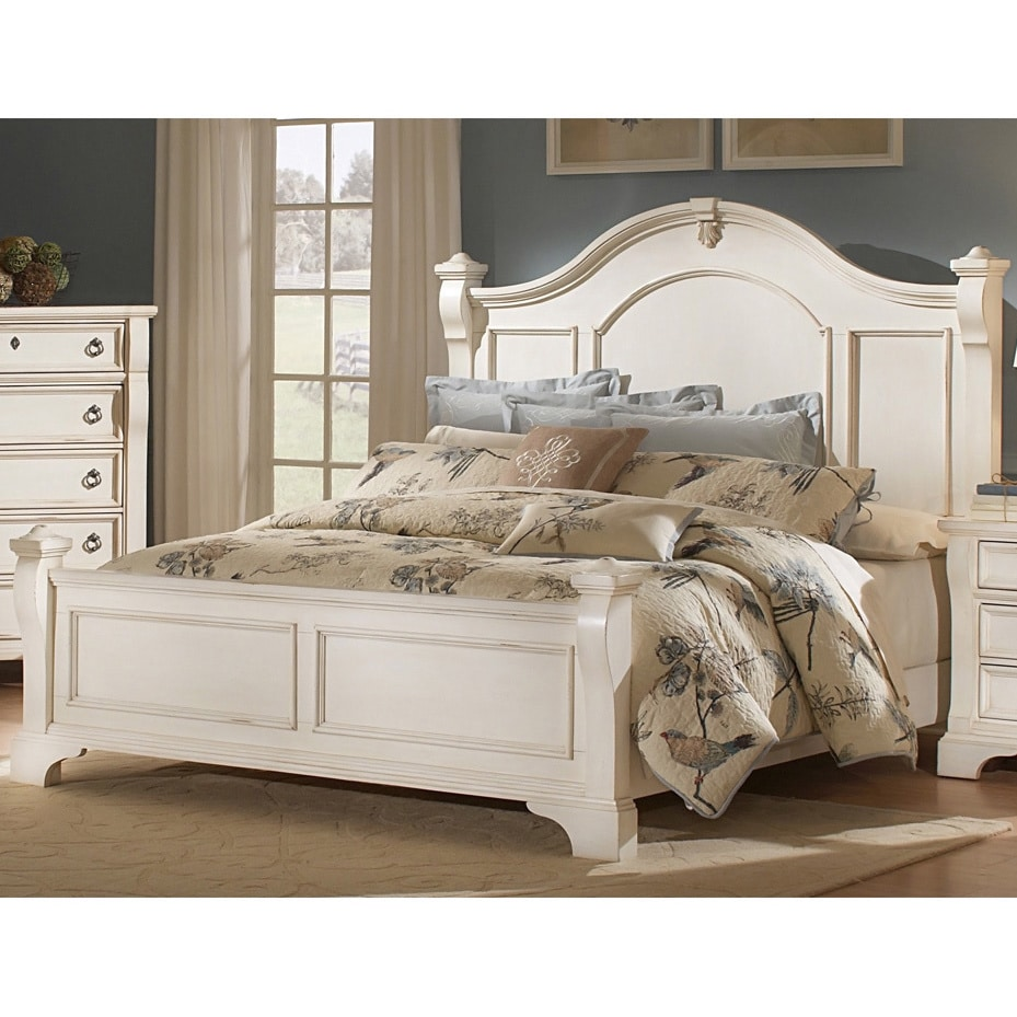 Traditions Poster Bed by Greyson Living (White - King - W...