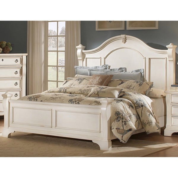 Traditions Poster Bed by Greyson Living