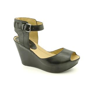 Kenneth Cole Reaction Women's 'Sole My Heart' Leather Sandals (Size 7.5 )