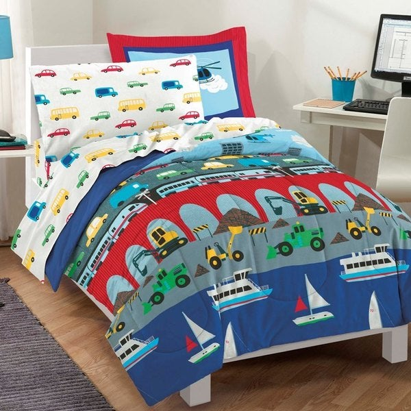 Big City Twin-size 5-piece Bed in a Bag with Sheet Set