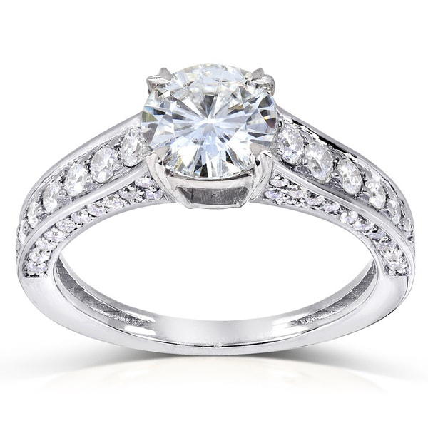 Annello by Kobelli 14k Gold 1 1/2ct TGW Round-cut Moissanite (HI) and Diamond Pave Vintage Engagement Ring