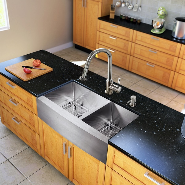 Vigo All-in-One 33-inch Farmhouse Stainless Steel Double Bowl Kitchen Sink and Chrome Faucet Set