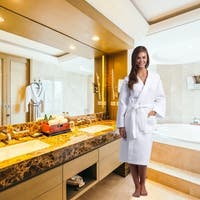 Classic White Turkish Cotton Waffle Weave Kimono Bath Robe