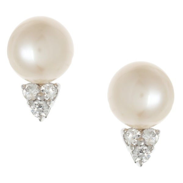 Kabella Jewelry Silver Freshwater Pearl and CZ Stud Earrings (7.4 mm)