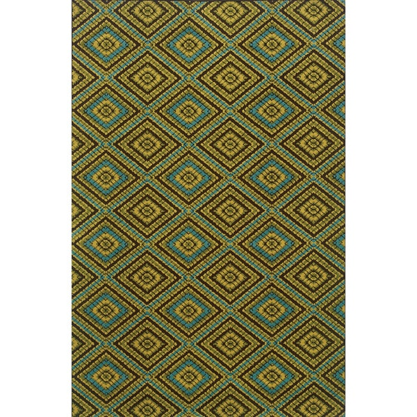 Indoor/Outdoor Brown/ Green Area Rug (7'10 x 10'10)