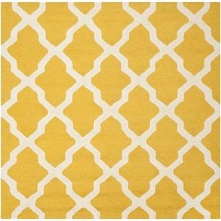 Safavieh Handmade Moroccan Cambridge Gold/ Ivory Wool Rug (8' Square)