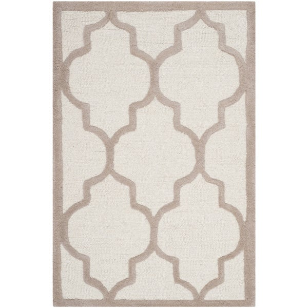 Safavieh Handmade Moroccan Cambridge Ivory/ Beige Wool Rug - 2' x 3'