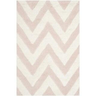 Safavieh Handmade Moroccan Cambridge Light Pink/ Ivory Wool Rug (2' x 3')