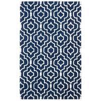 Safavieh Handmade Moroccan Chatham Dark Blue/ Ivory Wool Rug - 5' x 8'