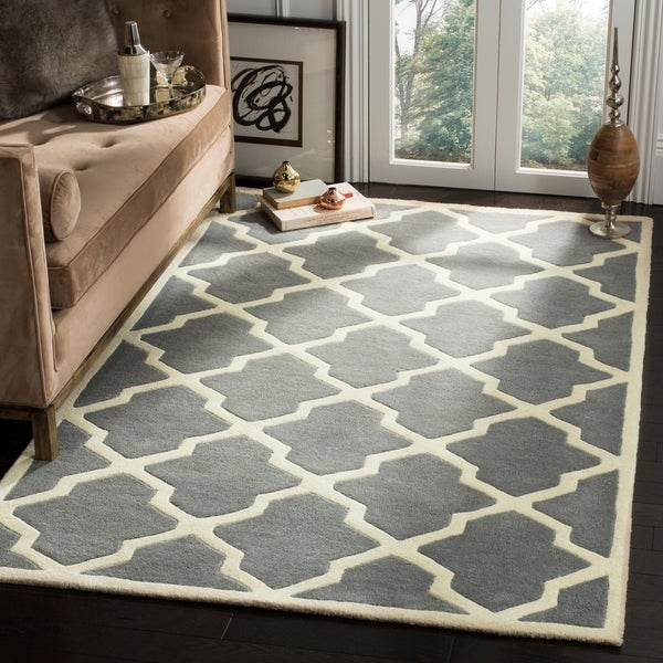 Safavieh Handmade Moroccan Chatham Geometric Dark Gray/ Ivory Wool Rug - 10' x 14'