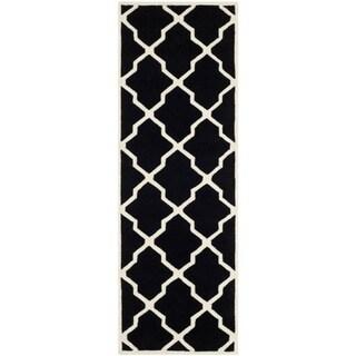 Safavieh Handmade Moroccan Chatham Black/ Ivory Wool Rug (2'3 x 7')