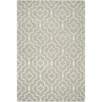 Safavieh Handmade Moroccan Chatham Grey/ Ivory Wool Rug - 6' x 9'