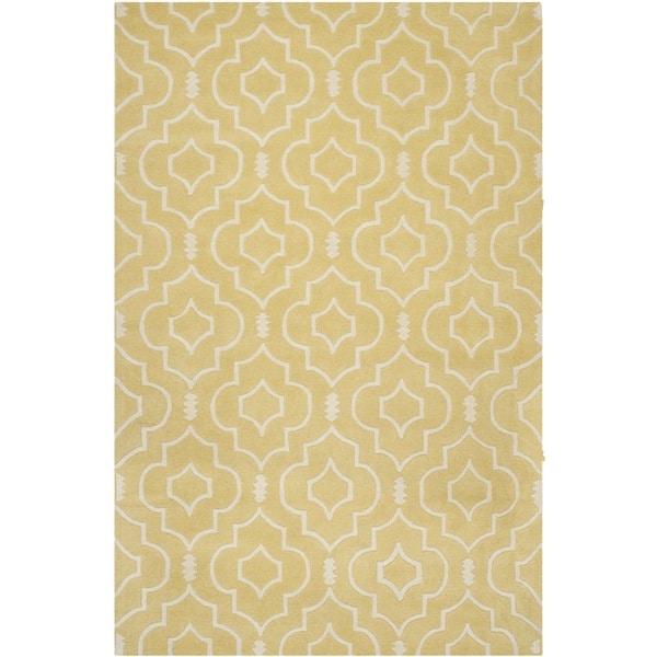 Safavieh Handmade Moroccan Chatham Light Gold/ Ivory Wool Rug - 8' x 10'