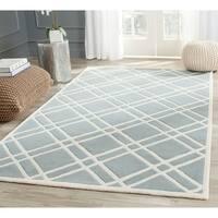 Safavieh Handmade Moroccan Chatham Crisscross-pattern Blue/ Ivory Wool Rug - 8' x 10'