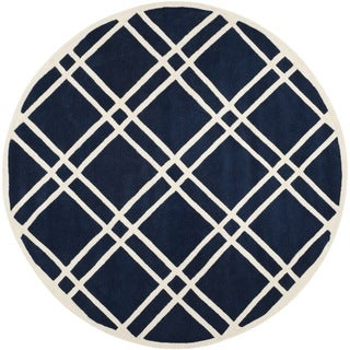 Safavieh Handmade Moroccan Chatham Dark Blue/ Ivory Wool Rug (7' Round)