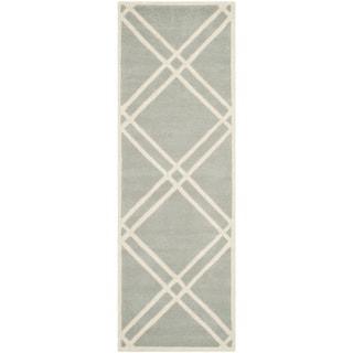 Safavieh Handmade Moroccan Chatham Gray/ Ivory Wool Runner Rug (2'3 x 7')