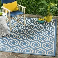 Safavieh Courtyard Honeycomb Blue/ Beige Indoor/ Outdoor Rug - 5'3 x 7'7