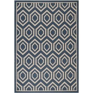 Safavieh Indoor/ Outdoor Courtyard Geometric-pattern Navy/ Beige Rug (5'3'' x 7'7'')