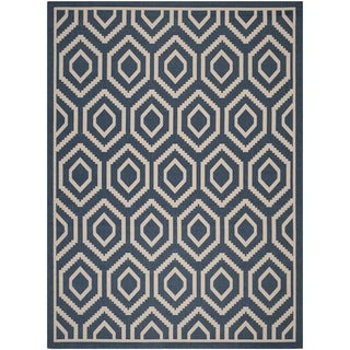 Safavieh Courtyard Honeycomb Navy/ Beige Indoor/ Outdoor Rug (8' x 11')