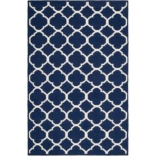 Safavieh Hand-woven Moroccan Reversible Dhurrie Navy/ Ivory Wool/ Viscose Rug (4' x 6')
