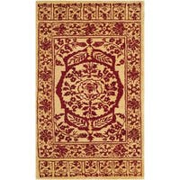 Safavieh Handmade Taj Mahal Light Gold/ Red Wool Rug - 4' x 6'