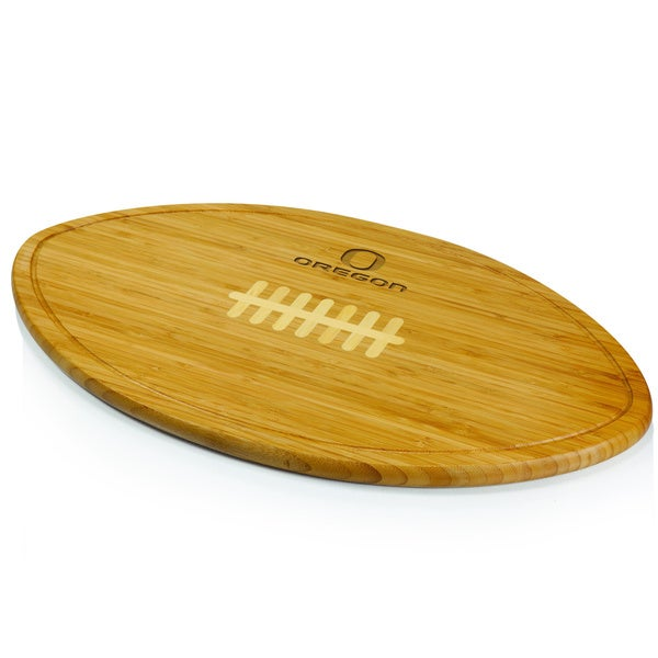 Picnic Time Kickoff University of Oregon Ducks Engraved Natural Wood Cutting Board - Brown