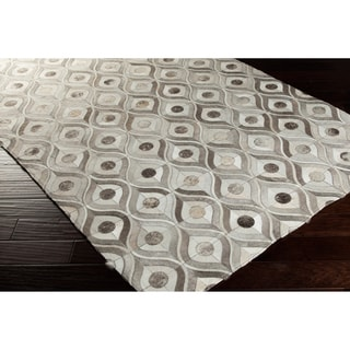 Hand-crafted Caedmon Contemporary Animal Winter White Leather Rug (8' x 10')