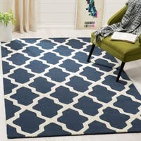 Safavieh Handmade Moroccan Cambridge Navy/ Ivory Wool Rug - 7'6 x 9'6
