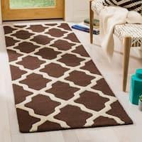 Safavieh Handmade Moroccan Cambridge Dark Brown/ Ivory Wool Rug - 2'6 x 14'