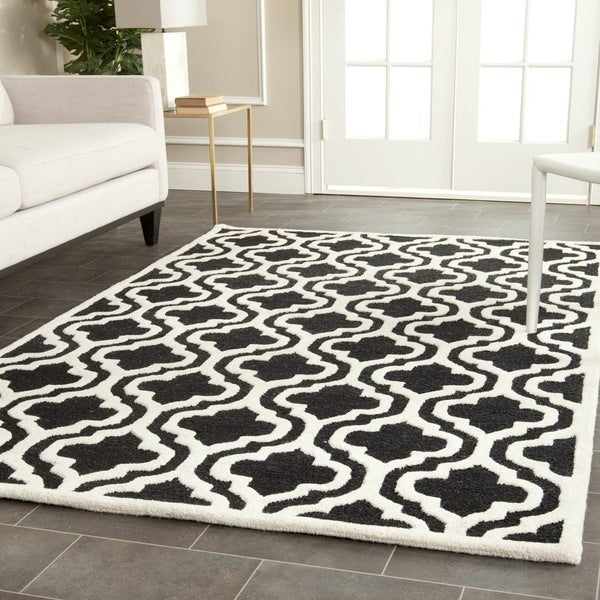 Safavieh handmade moroccan cambridge black ivory wool rug for 10x14 bedroom