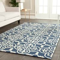 Safavieh Handmade Moroccan Cambridge Navy/ Ivory Wool Rug - 10' x 14'