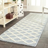 "Safavieh Handmade Moroccan Cambridge Light Blue/ Ivory Wool Rug - 2'6"" x 12'"