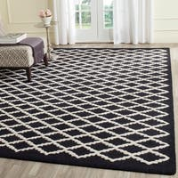 Safavieh Handmade Moroccan Cambridge Geometric-pattern Black/ Ivory Wool Rug - 8' x 10'