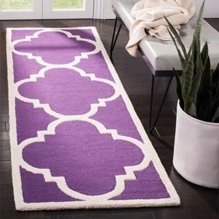 Safavieh Handmade Moroccan Cambridge Purple/ Ivory Wool Runner Rug (2'6 x 8')