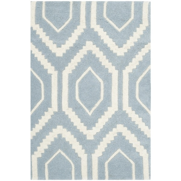 Safavieh Handmade Moroccan Chatham Blue/ Ivory Canvas-backed Wool Rug - 2'3 x 5'