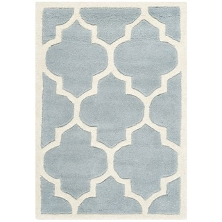 Safavieh Handmade Moroccan Chatham Blue/ Ivory Geometric-patterned Wool Rug (2'3 x 5')