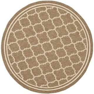 Safavieh Indoor/ Outdoor Courtyard Brown/ Bone Rug - 4' Round