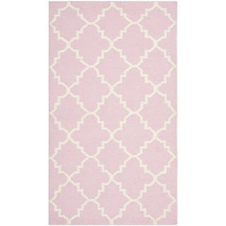 Safavieh Hand-woven Moroccan Reversible Dhurrie Pink/ Ivory Wool Rug (2'6 x 4')