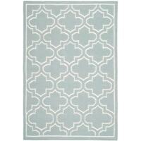 Safavieh Hand-woven Moroccan Reversible Dhurrie Blue/ Ivory Wool/ Banana Silk Rug (4' x 6') - 4' x 6'