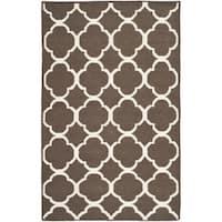 Safavieh Hand-woven Moroccan Reversible Dhurrie Brown/ Ivory Wool/ Banana Silk Rug - 5' x 8'