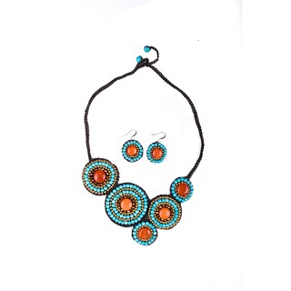 Thai-handicraft Gold-tone Orange Agate and Turquoise Crystal Bead Necklace and Earrings Set (Thailan
