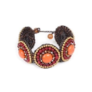Thai-handicraft Gold-tone Orange and Red Agate Crystal Wax Cord Bracelet (Thailand)