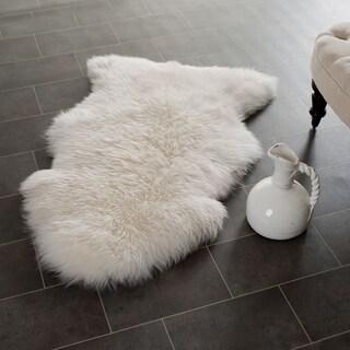 Safavieh Hand-woven Sheep Skin White Sheep Skin Rug (2' x 4')